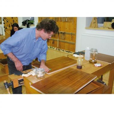 Kompakt-Workshop: Holzoberflächen behandeln